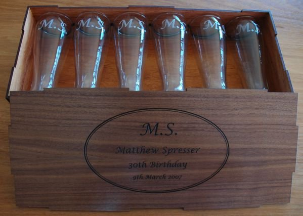 Thumb_Walnut set 6 engraved beer glasses