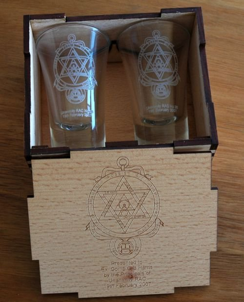 Thumb_European Beech engraved box with pair of shot glasses