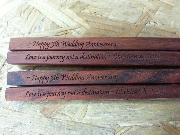 Thumb_Chopsticks timber engraved 2 pair Anniversary