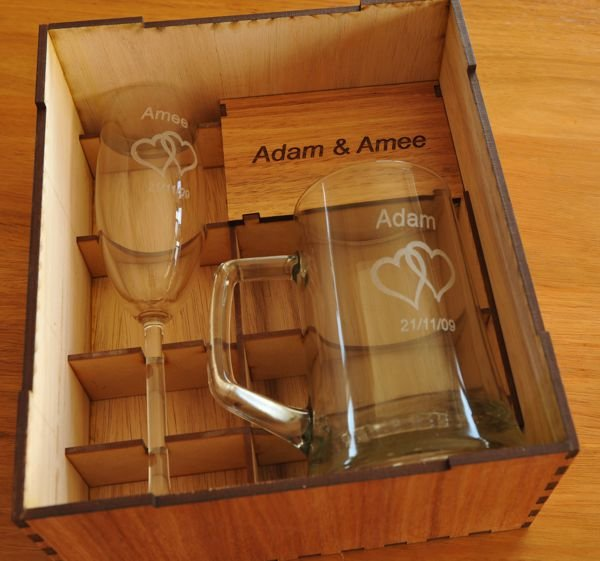 Thumb_Flute and tankard box inside view