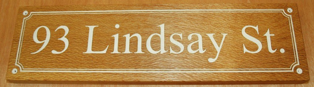Thumb_engraved house name sign SilkyOak White fill