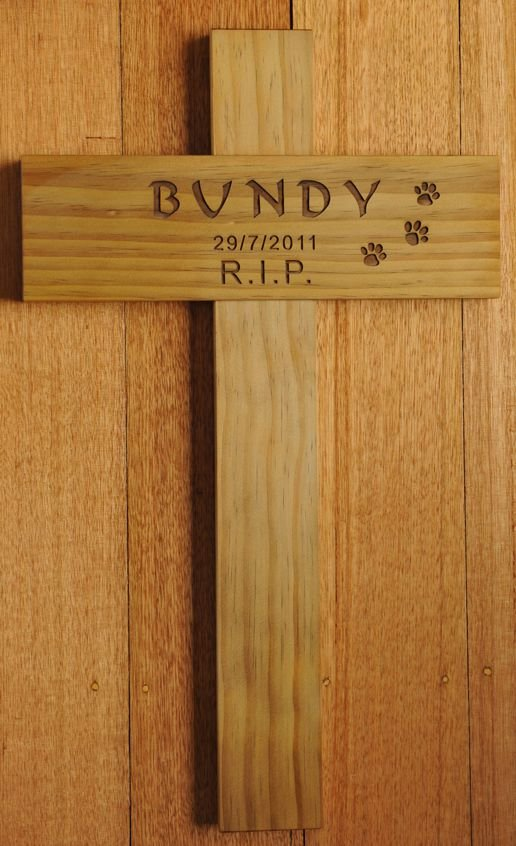 Thumb_Treated Pine Memorial Cross with paw prints