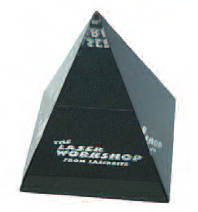 Pyramid - Black Base - Medium 87x87x106 mm