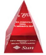 Pyramid - Red Base - Medium 87x87x106 mm
