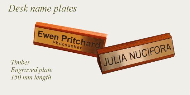 Desk sign timber 150 mm