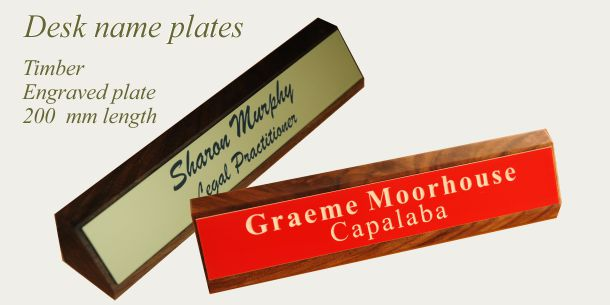 Desk sign timber 200 mm