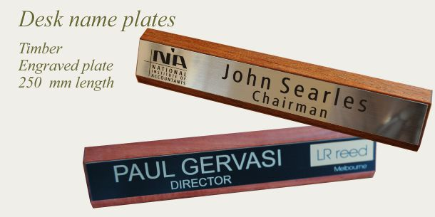Desk sign timber 250 mm