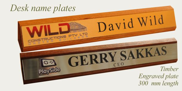 Desk sign timber 300 mm
