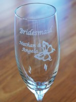 What can be engraved on glasses
