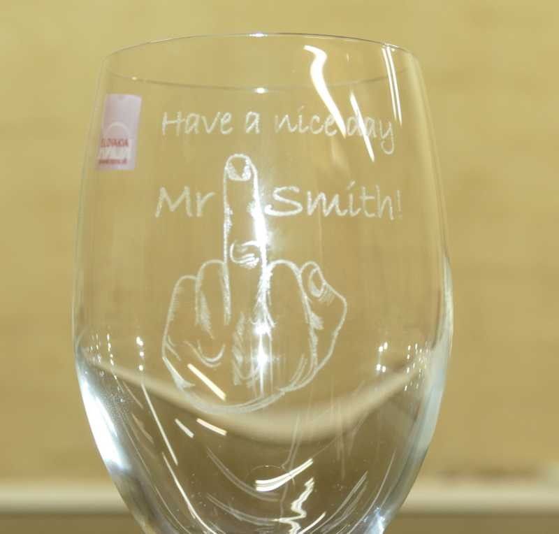 Thumb_350 ml wine glass with finger
